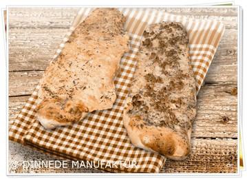 Die Mühlen-Dinnede der DINNEDE MANUFAKTUR - WÜRTTEMBERGER  FELDBÄCKEREY aus Freudental. Die Dinnede eine Behelf, um die Temperatur einzuschätzen! Eine Kulinarische Württemberger Brotfladen-Spezialität